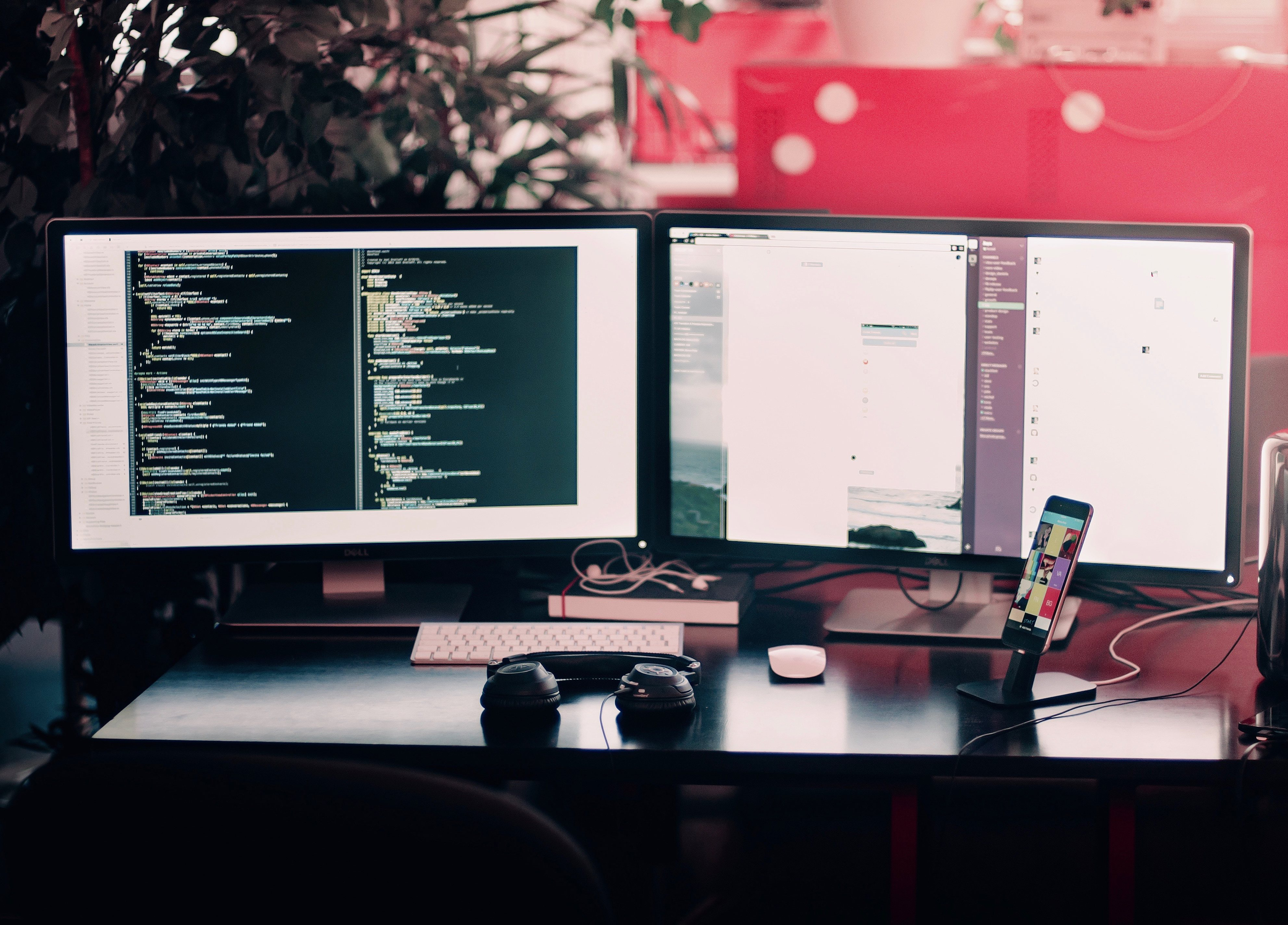 What's Right For Your Project: WordPress and Laravel featured image